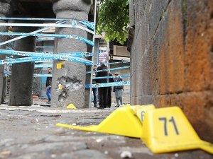Diyarbakır'daki terör saldırısına ilişkin soruşturma sürüyor