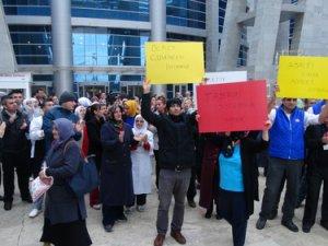 Adliyenin yemekhane işçileri eylem yaptı: Adalet sarayında köle olmayacağız!
