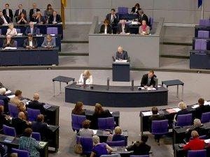 Alman Meclisi'nden Suriye'ye askeri unsur gönderilmesine onay