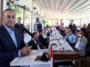 Dışişleri Bakanı Çavuşoğlu: Gerçek dışı söylemlerden uzak durulmalı