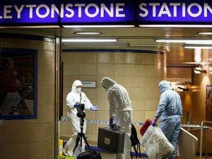 Londra metrosundaki bıçaklı saldırıda 3 kişi yaralandı