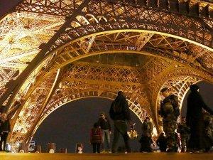 """Fransa'da """"kalıcı OHAL"""" endişesi"""