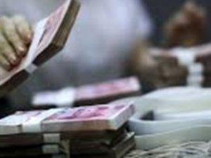 Yıllarca biriktirdiği paralar bankacıları perişan etti