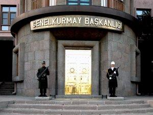 TSK: Diyarbakır'da ateşe verilen 2 okul kullanılamaz hale geldi