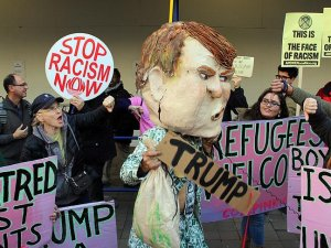 Trump Washington'da protesto edildi