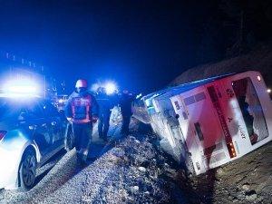 İşçileri taşıyan servis otobüsü devrildi: 1 ölü, 38 yaralı