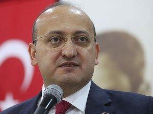 Başbakan Yardımcısı Akdoğan: Bizler yapıyoruz, onlar yıkmanın peşinde