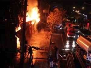 Mersin'de büyük yangın