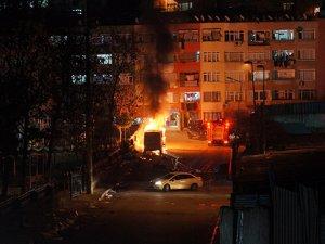 İSKİ'ye ait araç molotoflu saldırı sonucu alev alev yandı
