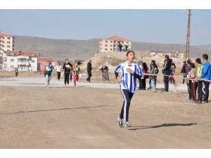 Okul Sporları Kros Yarışmaları Sorgun'da Yapıldı