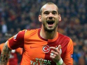 Sneijder derbilere damga vuruyor!