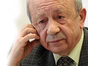 Adalet Eski Bakanı Hikmet Sami Türk'ün acı günü