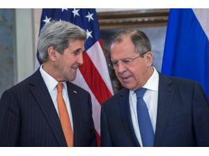 Lavrov-Kerry görüşmesi Moskova'da başladı
