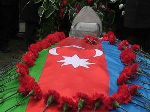 Cephe hattında çatışma: Bir Azeri asker şehit oldu
