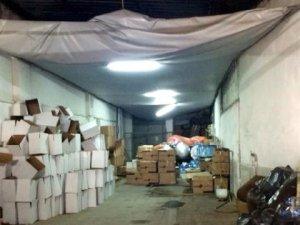 İzmir'de kaçak içki imalathanesine operasyon
