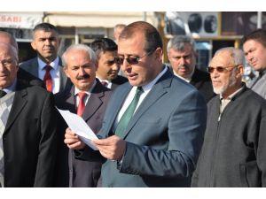 Kadirli'den yardım TIR'ları Bayırbucak Türkmenleri için yola çıktı