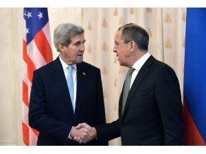 Lavrov: Kerry ile Suriye çözümü ve terörle mücadeleyi konuştuk