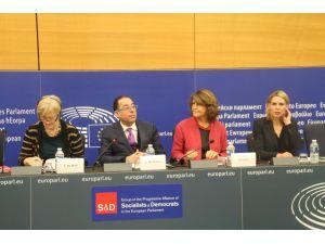 Avrupalı Sosyalistler: İnsani yardımlarda eğitim alanının payı artırılsın