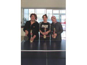 Yıldırımhan'da anneler arası masa tenisi turnuvası düzenlendi