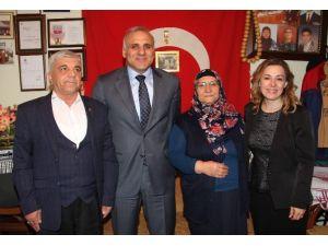 Vali Zorluoğlu'ndan Şehit Ailesine Ziyaret
