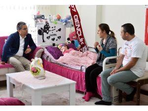 Başkan Uysal'dan Azra Bebeğe Moral Ziyareti