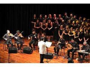 Öğrencilerden Türk Sanat Müziği Konseri
