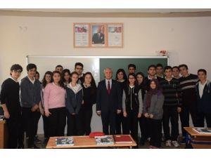 """Rektör Gündoğan: """"Bir Matematik Öğretmeni Bütün Hayatımı Değiştirdi"""""""