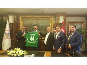 Yeşilyurtspor'dan Bakan Tüfenkci'ye 'Hayırlı Olsun' Ziyareti
