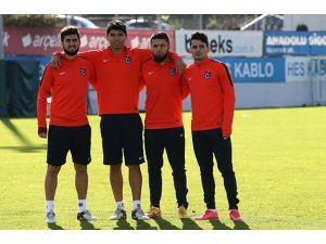 Trabzonspor'da affedilen 4 futbolcu takımla çalıştı