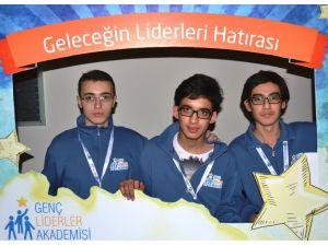 Aziziyeli öğrenciler, 'Genç Liderler Akademisi'nde Doğu Anadolu'yu temsil etti