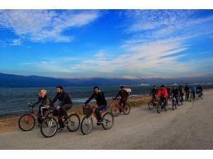 Burhaniye Uygulamalı Bilimlerde Bisiklet Turu