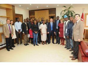 Nijerya Heyeti'nde AÜ Vekil Rektörü Ünal'a Ziyaret