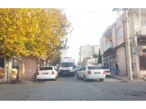 Kahta'da uygunsuz park eden araçlar zorluk yaşatıyor