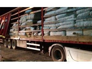 Çorum'da 81 Bin 330 Paket Kaçak Sigara Ele Geçirildi