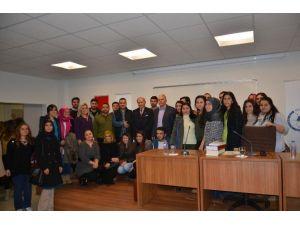 Prof. Dr. Saim Sakaoğlu Düzce Üniversitesinde Konferans Verdi