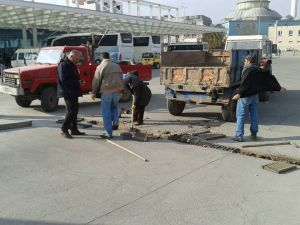 Kahta Belediyesi'nden mazgal temizliği