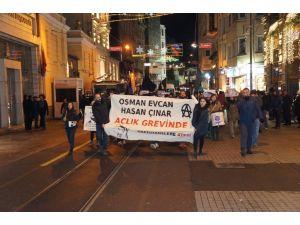 Taksim'de vegan hükümlü Osman Evcan'a destek eylemi