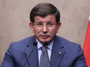 Başbakan Davutoğlu: Mevcudiyetimiz Irak'ın toprak bütünlüğü çerçevesinde