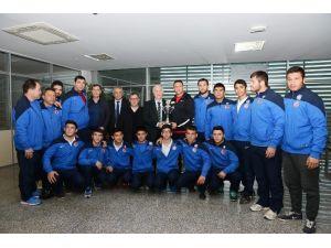 Asat'ın Yıldız Güreşçileri Türkiye 3'ncüsü