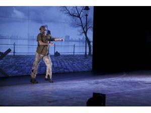 Tiyatro Sahnesinde 3d Teknolojisi