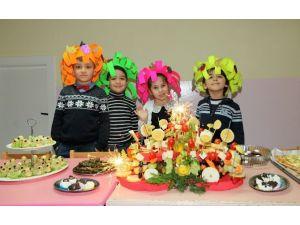 Minikler Yerli Malı Haftası'nı Kutladı