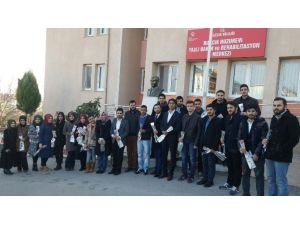 Tügva Gençliğin'den Huzurevine Ziyaret