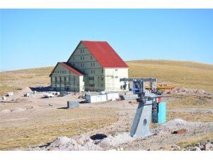 Yama Dağı Kayak Merkezi Önümüzdeki Kışa Kaldı