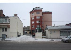 Kars'ta, sokak çocukları ve öğrenciler için projeler üreten derneklere baskın