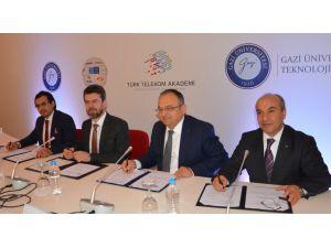 Gazi Üniversitesi ile Türk Telekom arasında teknoloji işbirliği