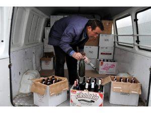 Nevşehir'de Bin Şişe Kaçak İçki İmha Edildi