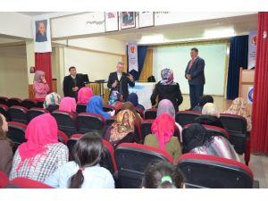 SGK'dan Öğrencilere Sosyal Güvenlik Semineri