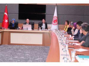 CHP'den tutuklu gazetecilere uygulanan tecrit için alt komisyon kurulsun önerisi