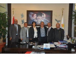 Kuşadası'nda Memurların Toplu İş Sözleşmesi İmzalandı
