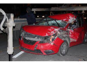 Kamyona arkadan çarpan aracın sürücüsü yaralandı